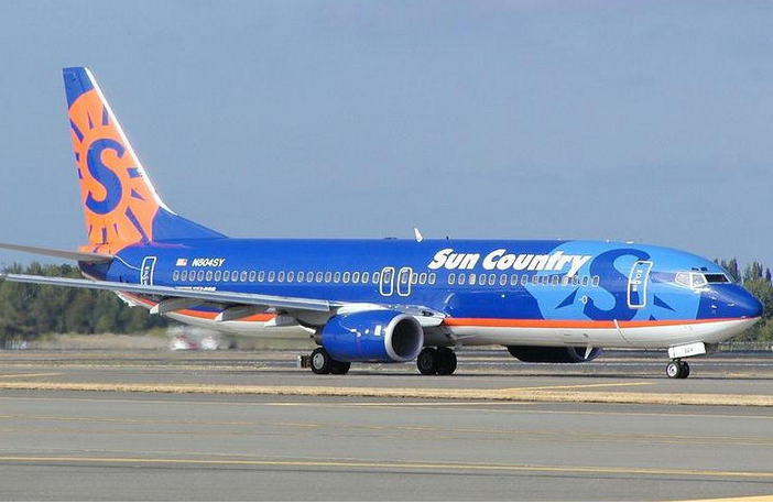 SunCountry737.png